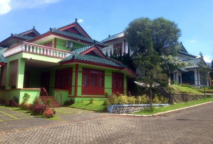 Villa Kota Bunga Andri Type Oriental Cianjur - Exterior