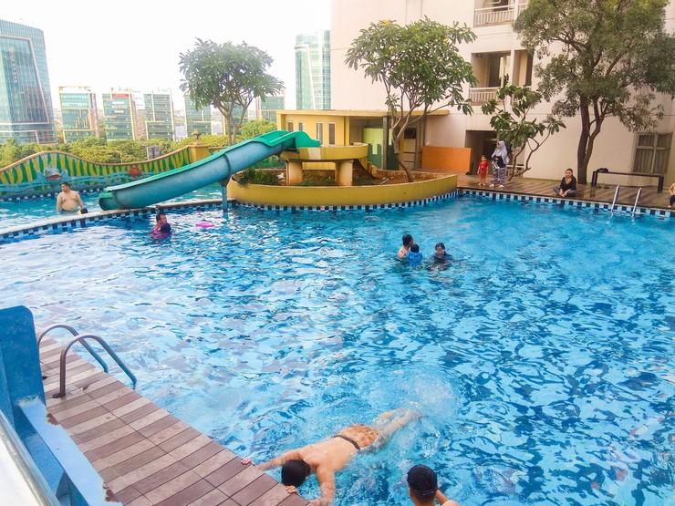 Spacious 2BR Apartment at Great Western Resort By Travelio Tangerang - Kolam renang