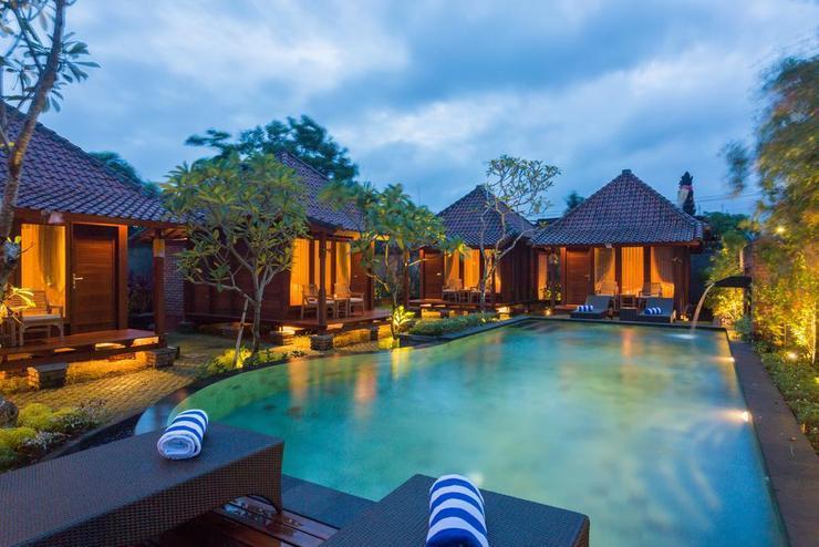 Yana Villa Kemenuh Bali - Pool