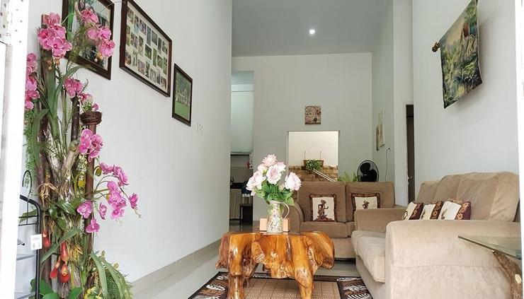 Griya Mbah Kasinah 9F @ Grand Rebung Residence Pekanbaru - interior