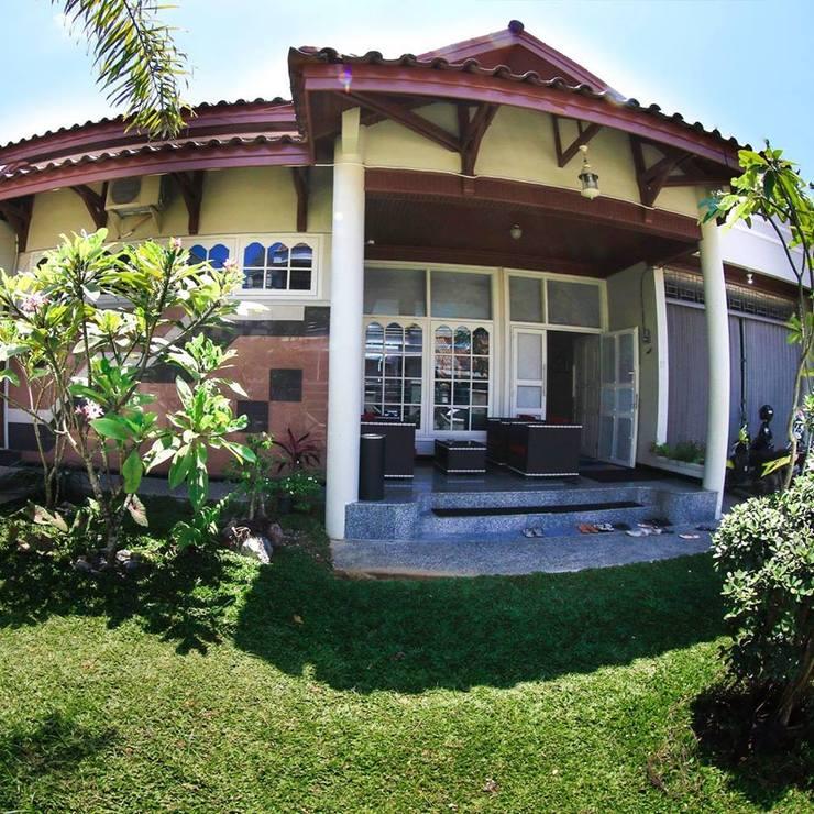 Homestay Bonsai Surf House Padang - Exterior
