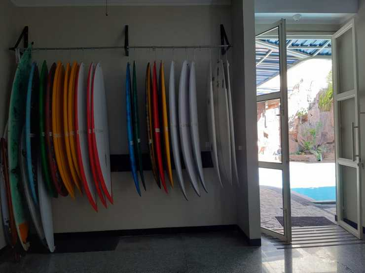 Homestay Bonsai Surf House Padang - Surfboard for sale