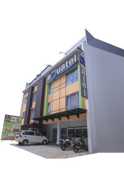 Aquatel Hotel Pekanbaru - Exterior