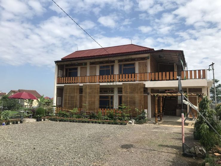 Homestay Syariah Bumi Kayu Sukabumi - Exterior