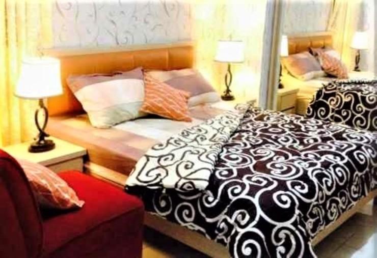 Apartment Green Lake View Ciputat by Celebrity Room Tangerang Selatan - Bedroom