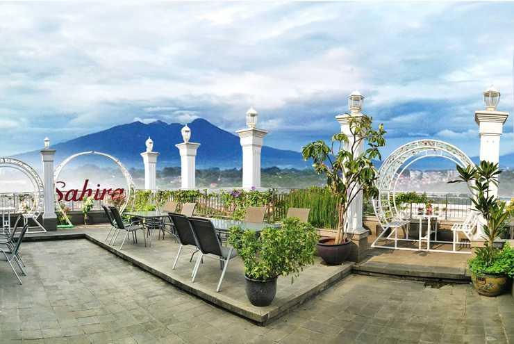 Sahira Butik Hotel Bogor - Mountain View Resto