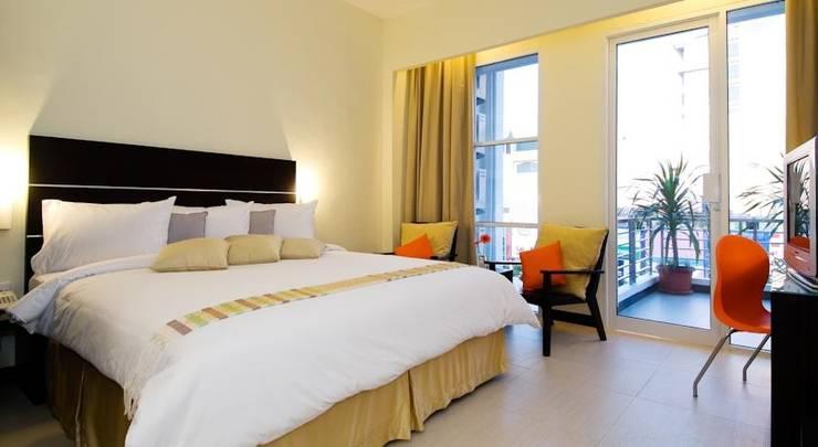 iShine Hotel Pekanbaru - Kamar tamu