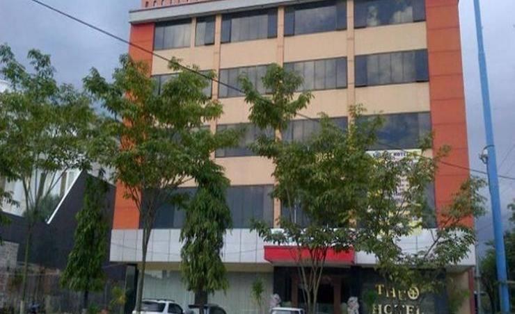 The Hotel Samarinda Samarinda - Exterior