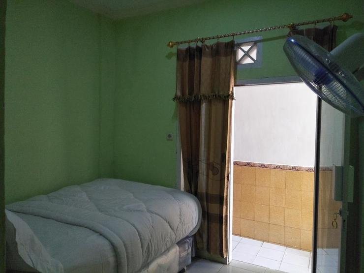 Penginapan Dhilla B&B Batang Hari - Guest room