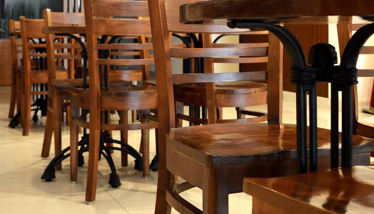 d'primahotel Airport Jakarta I - Cafe Table