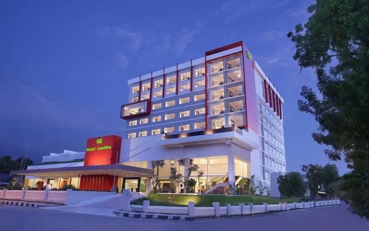 Hotel Santika Palu - Exterior