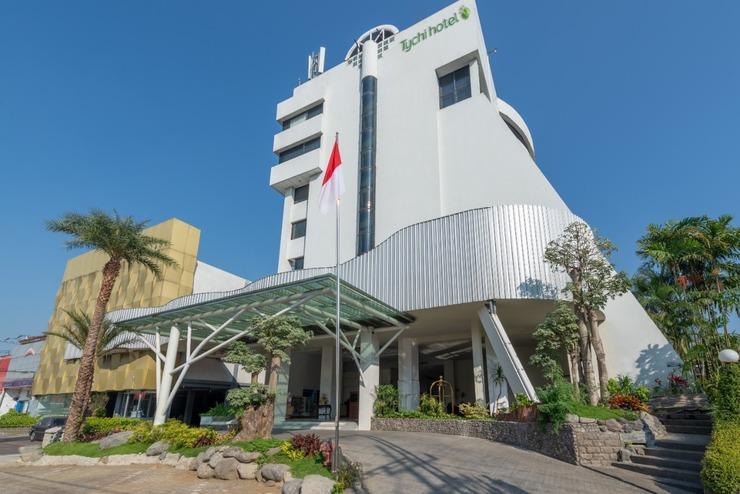 Kartika Graha Hotel Malang - Arround