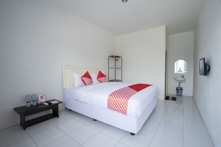 OYO 2189 Rossan Villa 3 Kazanan Bandung - Bedroom