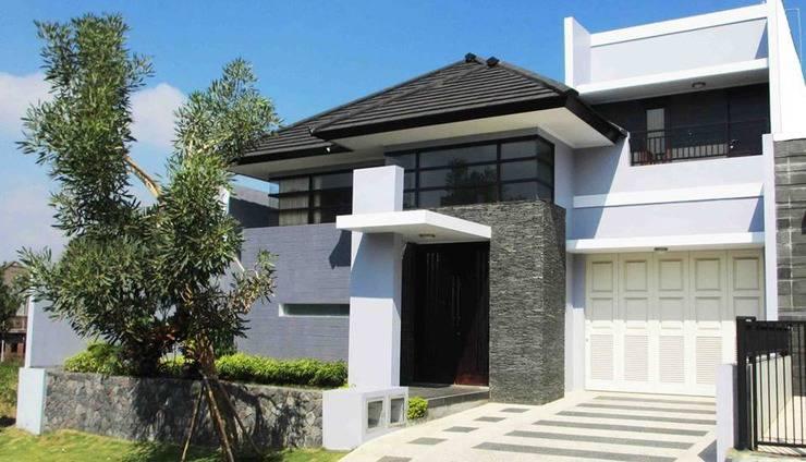 Alamat Review Hotel Azy Villa - Malang