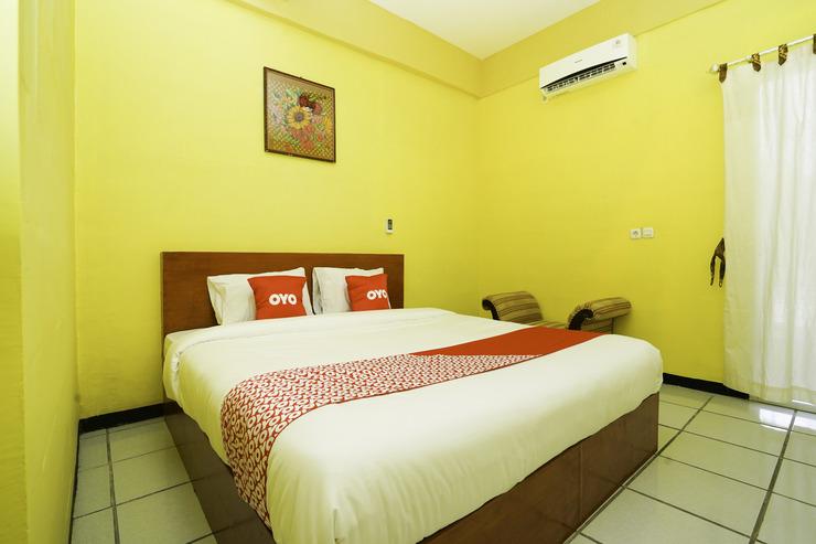 OYO 2493 Lotus Hotel Syariah Bojonegoro - Main Hero Pic