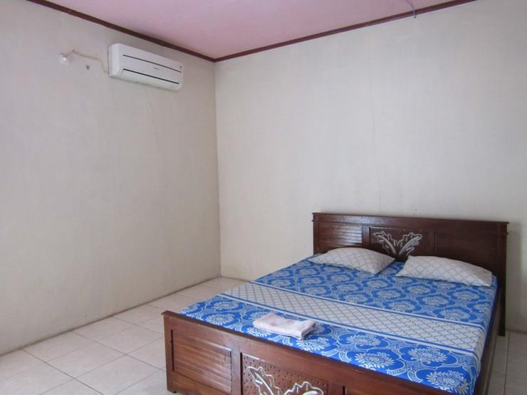 Wisma Lovina Jogja - Room with AC