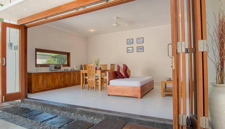 Villa Tukad Alit Bali - living, dining, kitchen