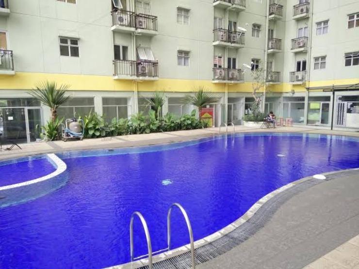 The Suites Metro Apartmenr by Ireka Bandung - Pool