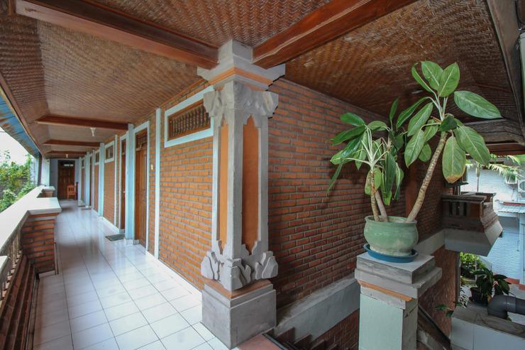 Airy Eco Legian Lebak Bene Kuta Bali - Upstairs