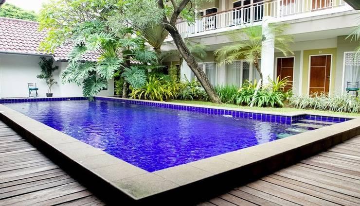 Topaz Guest House Cilandak Jakarta - Exterior