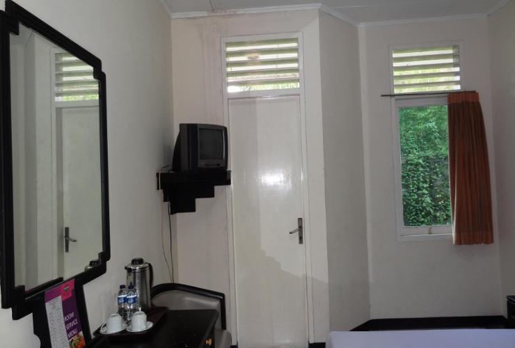 Hotel Cisarua Indah Bogor - Superior Room