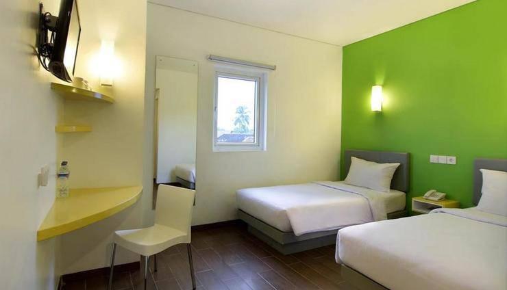Amaris Palangkaraya - Smart Room