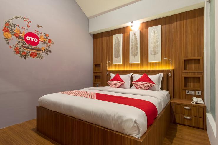 OYO 248 De Natio Guest House Medan - Guestroom