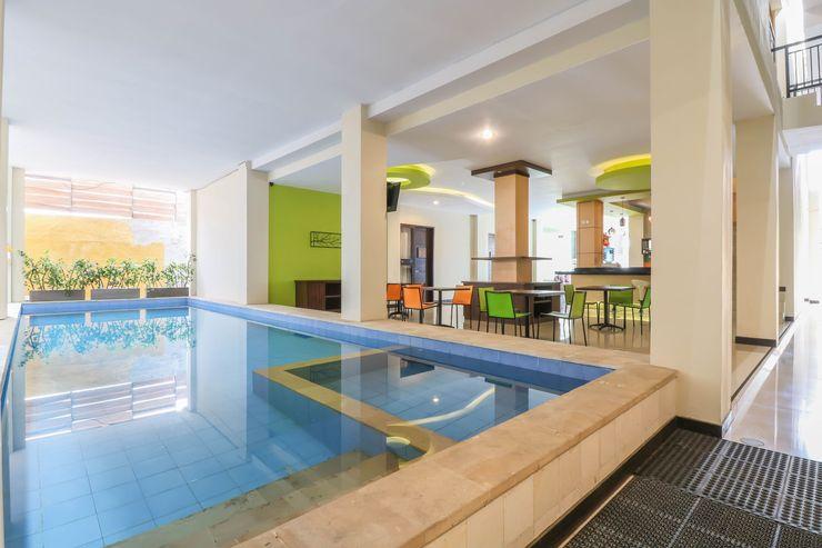 OYO 1258 Balitone Residence Bali - Swimming Pool