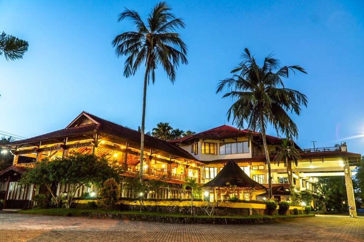 Surya Transera Beach Hotel Pangandaran Pangandaran - Exterior
