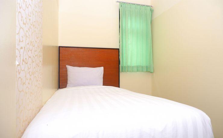 Hotel Pelangi Indah Semarang - Bedroom