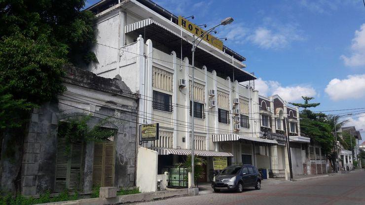 Hotel Pelangi Indah Semarang - Facade