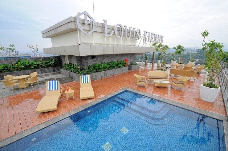 Louis Kienne Hotel Pandanaran Semarang - Rooftop Pool