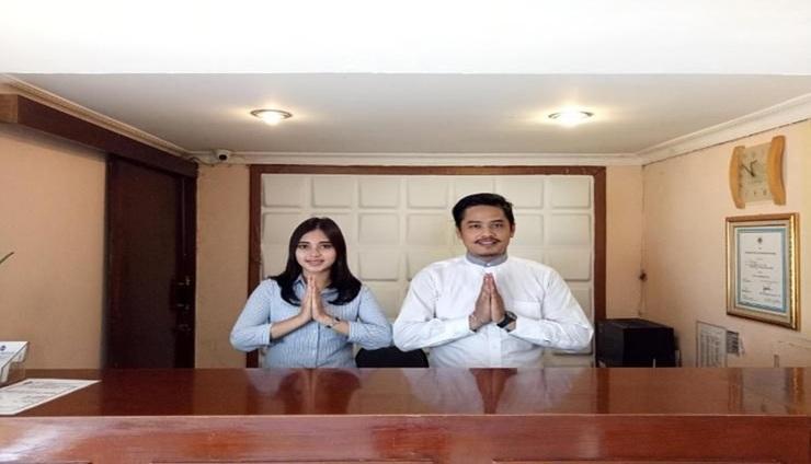 Hotel Mazaya Bekasi - Service
