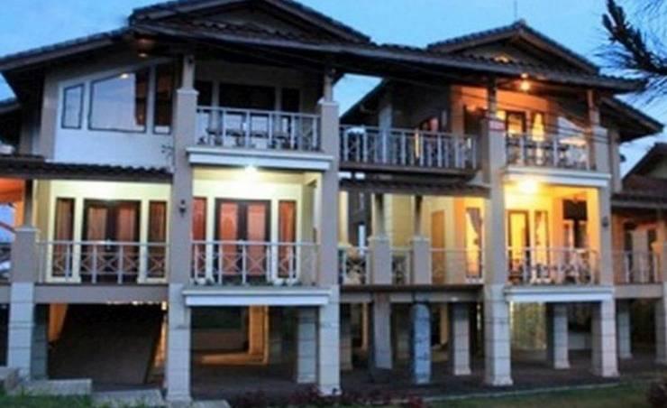 Villa Twin II Istana Bunga Lembang Bandung - Eksterior