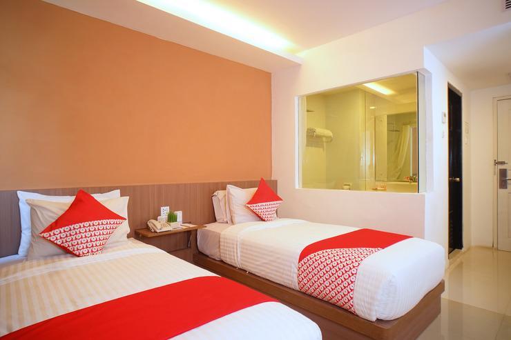 Capital O 166 Hotel Princess Palembang - Bedroom