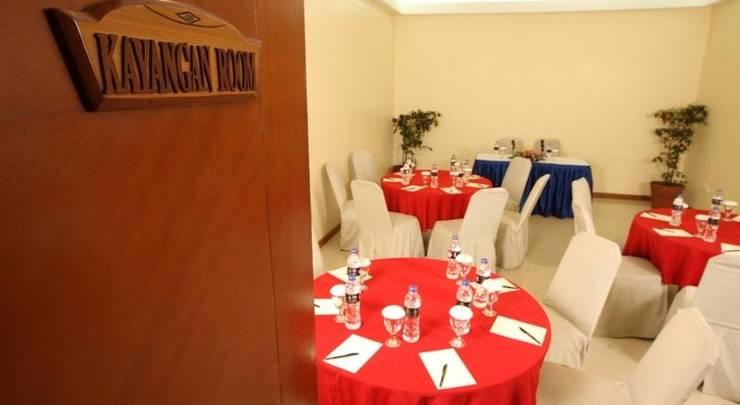 Makassar Golden Hotel Makassar - Ruang Rapat