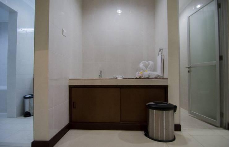 Sutan Raja Hotel Convention & Recreation Kolaka - Kamar mandi