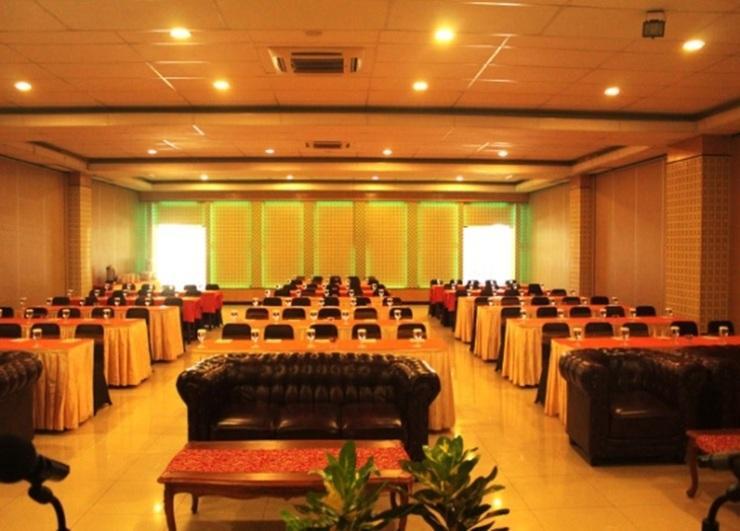 Sutan Raja Hotel Convention & Recreation Kolaka - meeting room