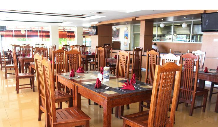 Sutan Raja Hotel Convention & Recreation Kolaka - Restaurant