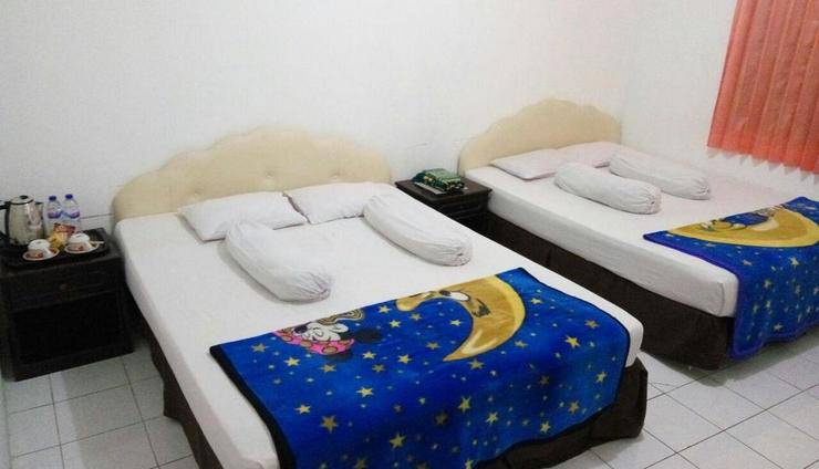 Hotel Garuda Bontang Bontang - Family Room