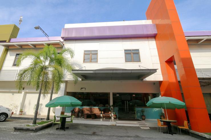 Airy Wonorejo Tuanku Tambusai Komplek Paninsula C3 Pekanbaru - Hotel Building