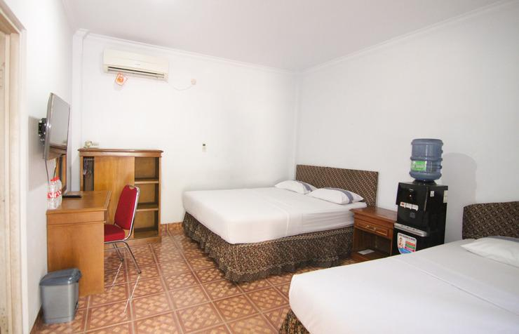 Grand Ciwareng Inn Hotel and Resort by MyHome Hospitality Purwakarta - Bedroom
