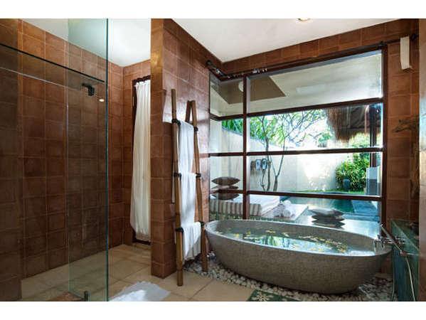 kaMAYA Resort Bali -  Kamar mandi Villa