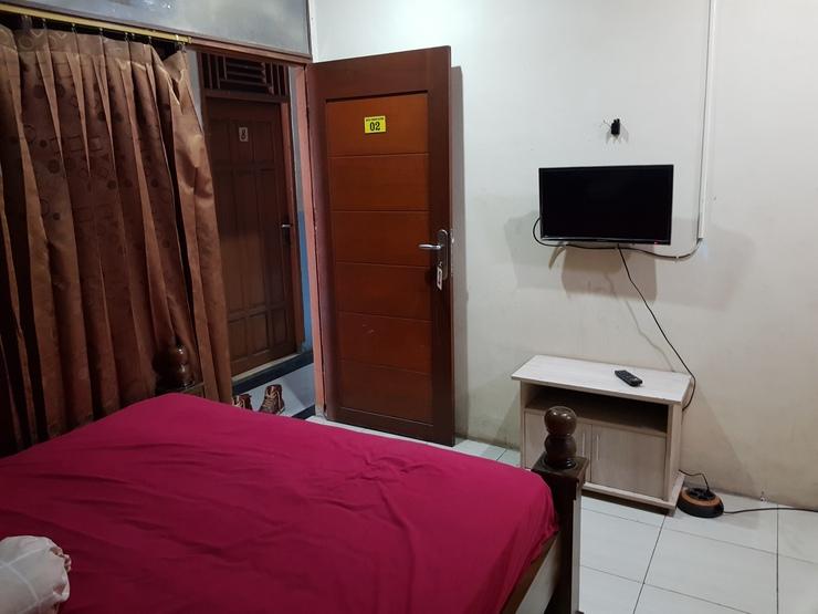 Hotel Alifah 1 Tangerang - kamar tidur