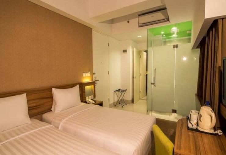 Whiz Prime Balikpapan - Guest Room