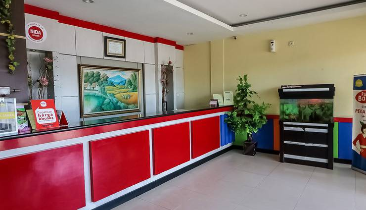 NIDA Rooms Tampan Hj Soebrantas Tampan Pekanbaru - Resepsionis