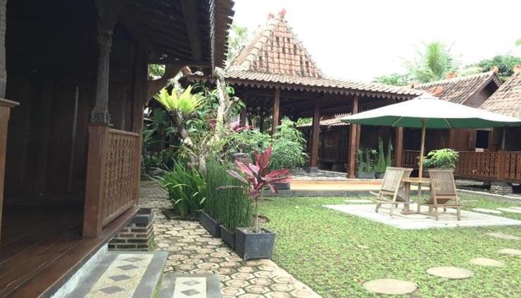 Kalaras Cottage & Restaurant Pangandaran - Exterior