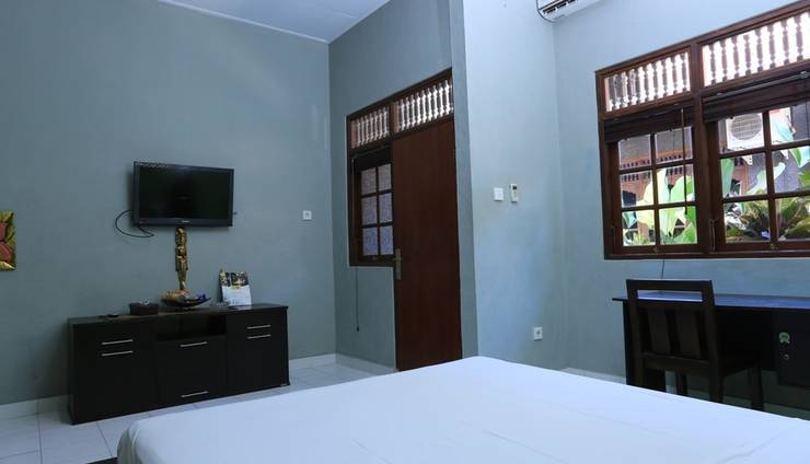 RedDoorz @Dewi Sita Seminyak Bali - Kamar tamu