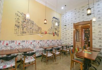 Airy Merdeka Kalimantan 5 Bandung - Restaurant