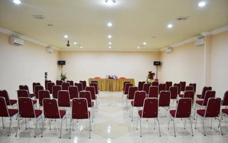 Hotel Paradiso Makassar - Meeting Room